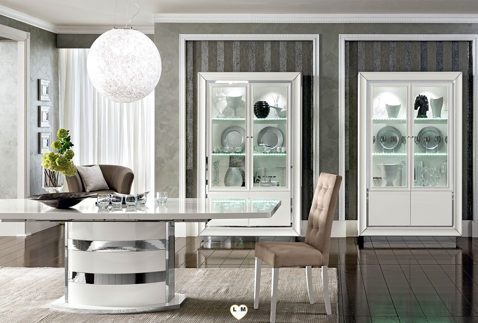 maximus laque blanc brillant sejour salle a manger contemporain la vitrine 2 portes. Black Bedroom Furniture Sets. Home Design Ideas