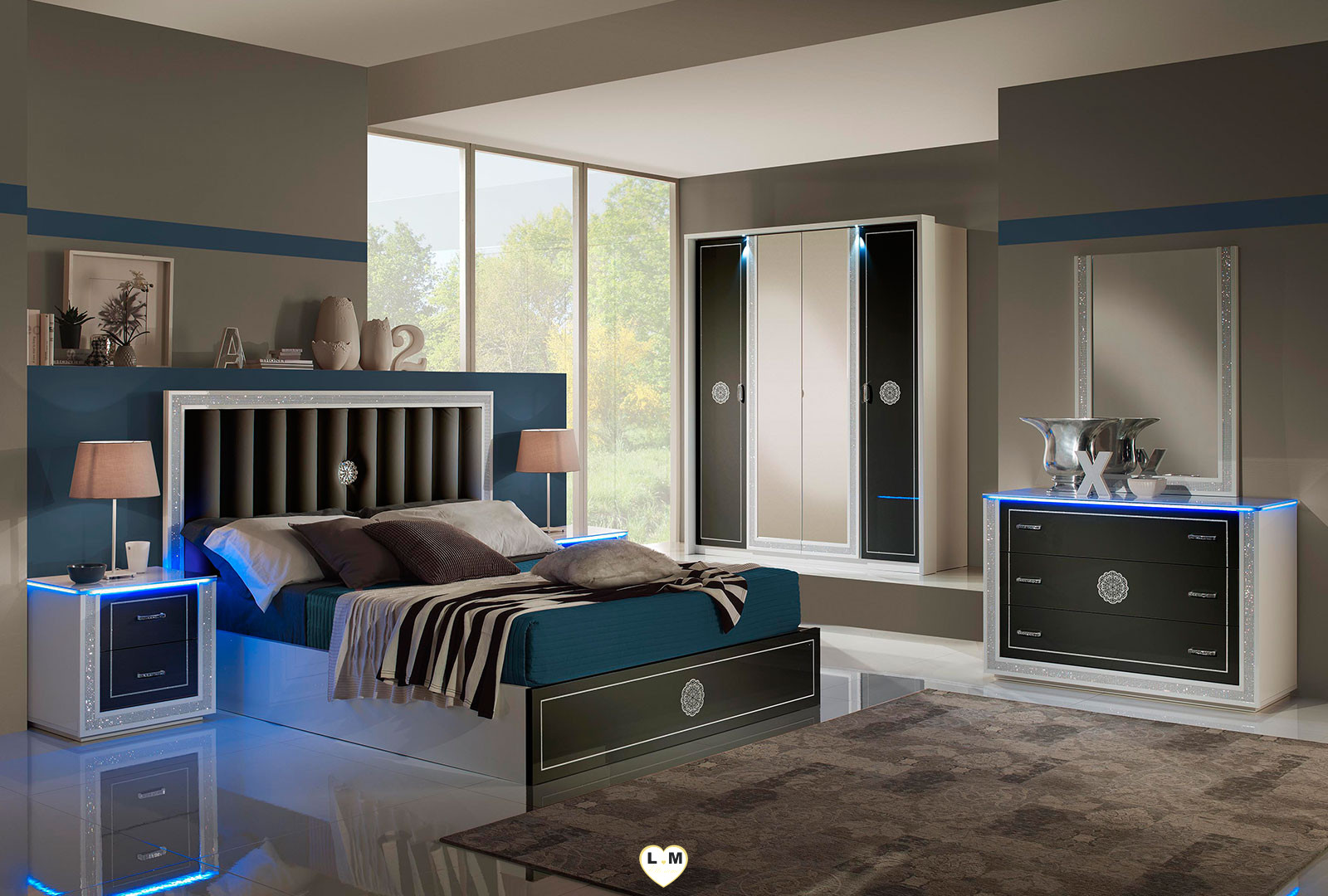baccara laque noir et blanc ensemble chambre a coucher design lignemeuble com. Black Bedroom Furniture Sets. Home Design Ideas