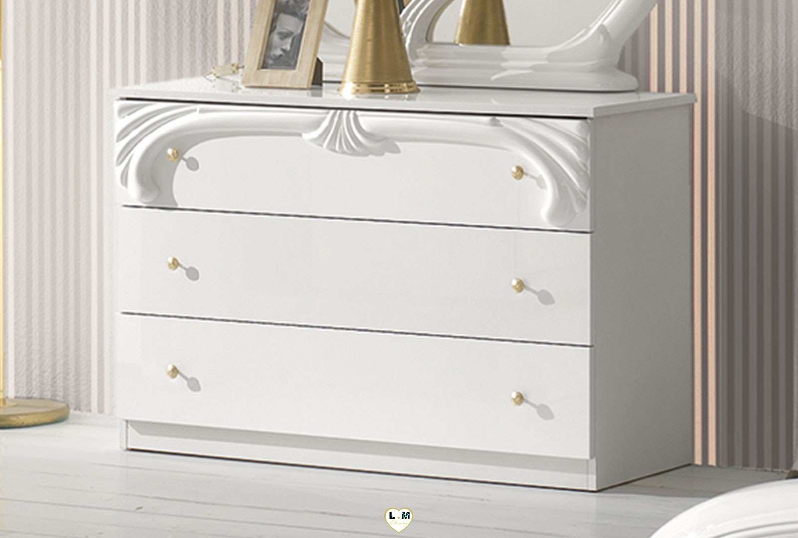 Tina laque blanc ensemble chambre a coucher lignemeuble com for Ensemble armoire commode chambre