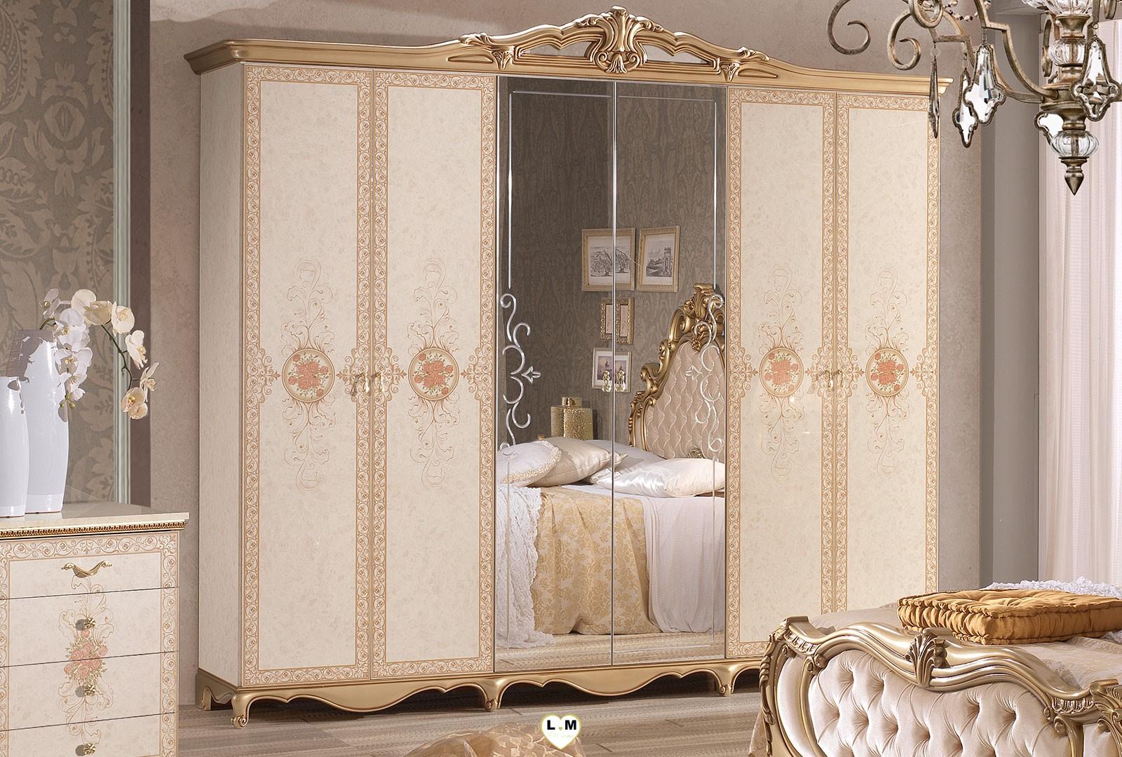 Taly laque ivoire et dore ensemble chambre a coucher for Chambre a coucher 6 portes
