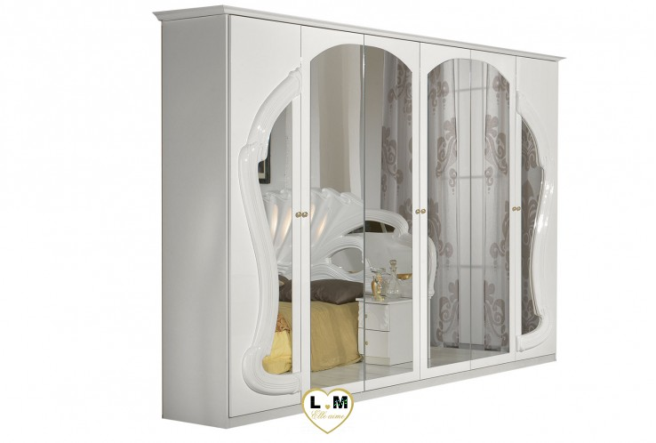 THIFFANY LAQUE BLANC CHAMBRE A COUCHER: L' ARMOIRE 6 PORTES - 4 Portes battantes miroir - 2 Portes miroir et décoration - L: 260 - P: 57 - H: 208cm.