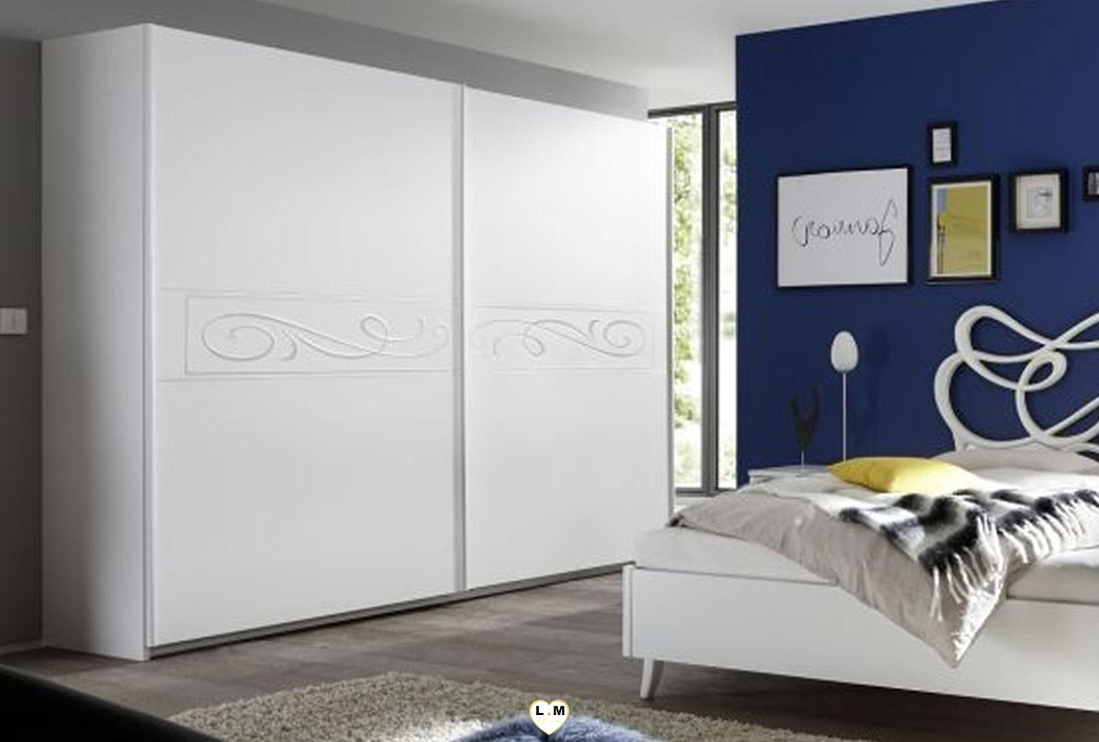 lady blanc chambre a coucher design l 39 armoire 240. Black Bedroom Furniture Sets. Home Design Ideas