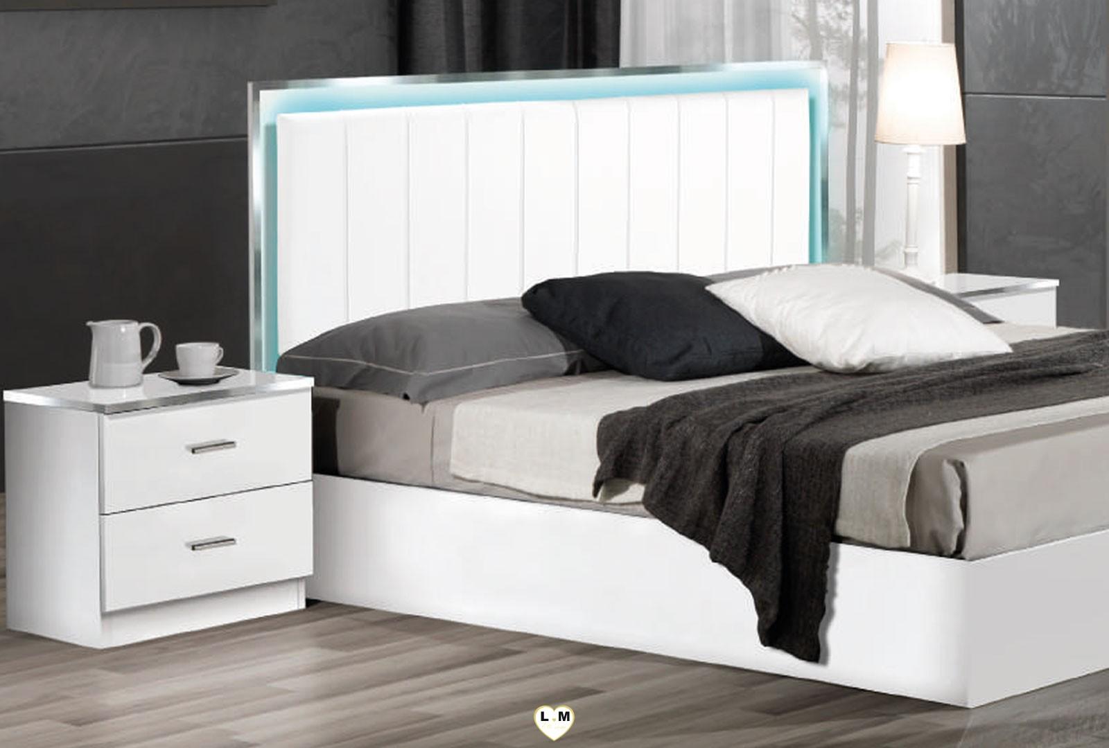 samba laque blanc ensemble chambre a coucher design lignemeuble com. Black Bedroom Furniture Sets. Home Design Ideas