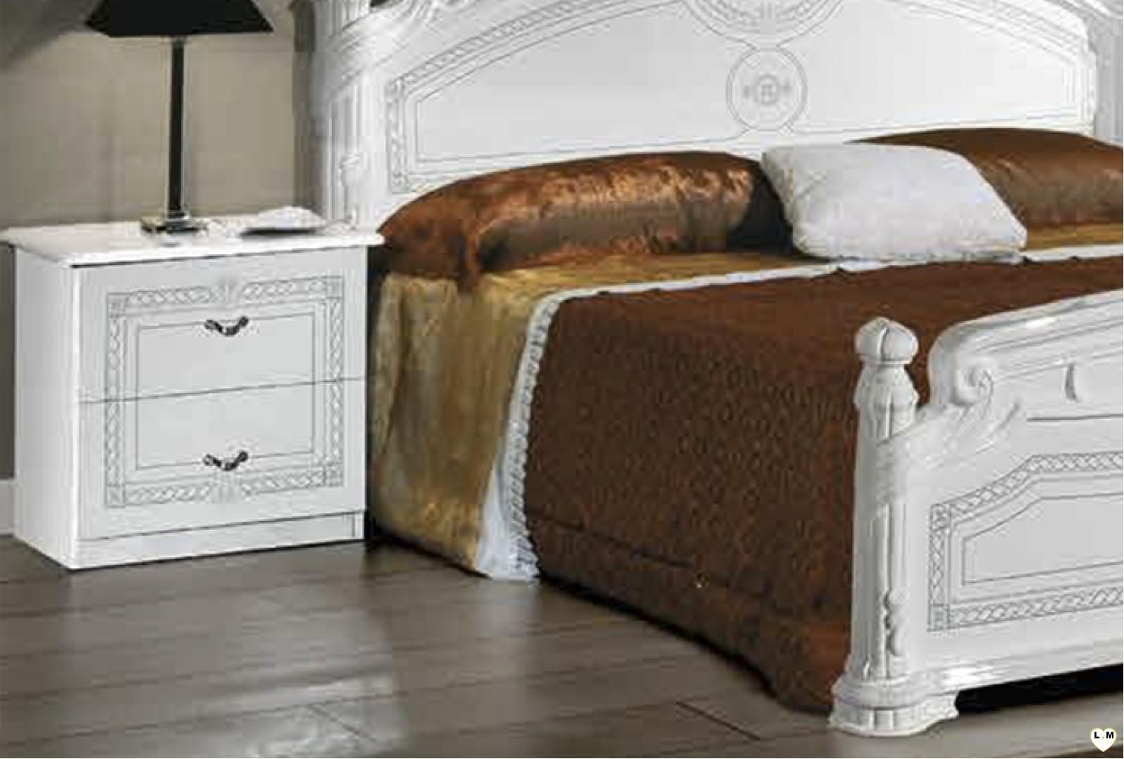 Janeiro laque blanc et argent ensemble chambre a coucher for Ensemble de chambre blanc