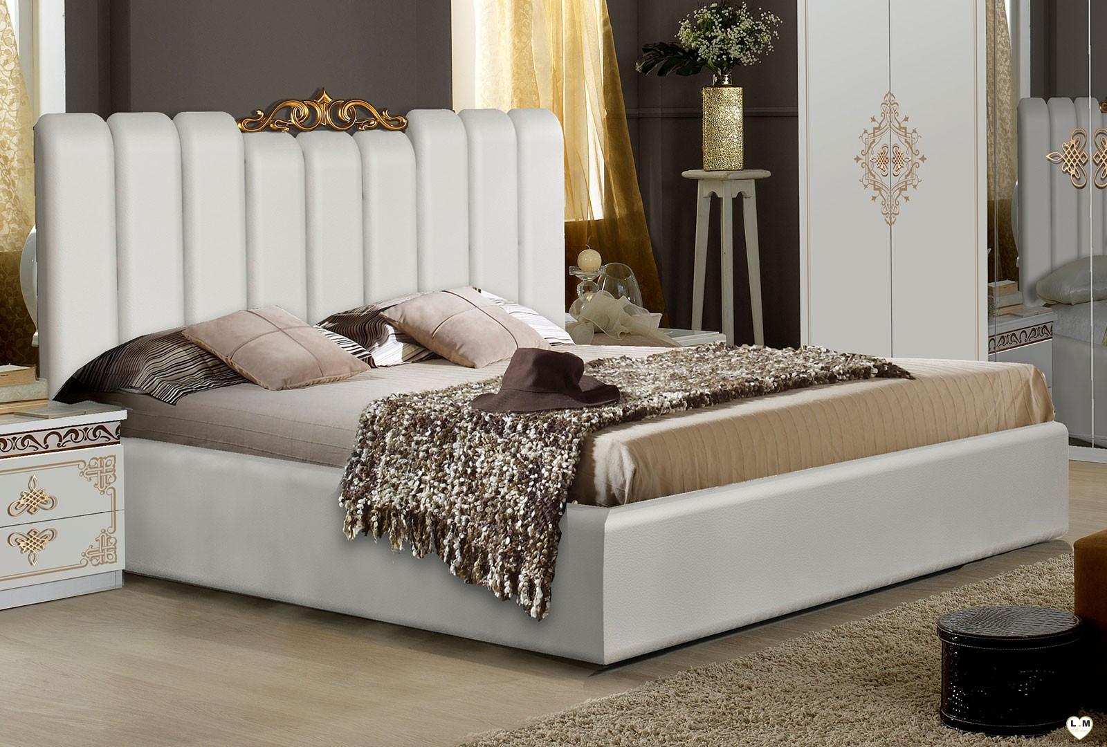 Tracy laque blanc et dore ensemble chambre a coucher for Chambre a coucher blanc