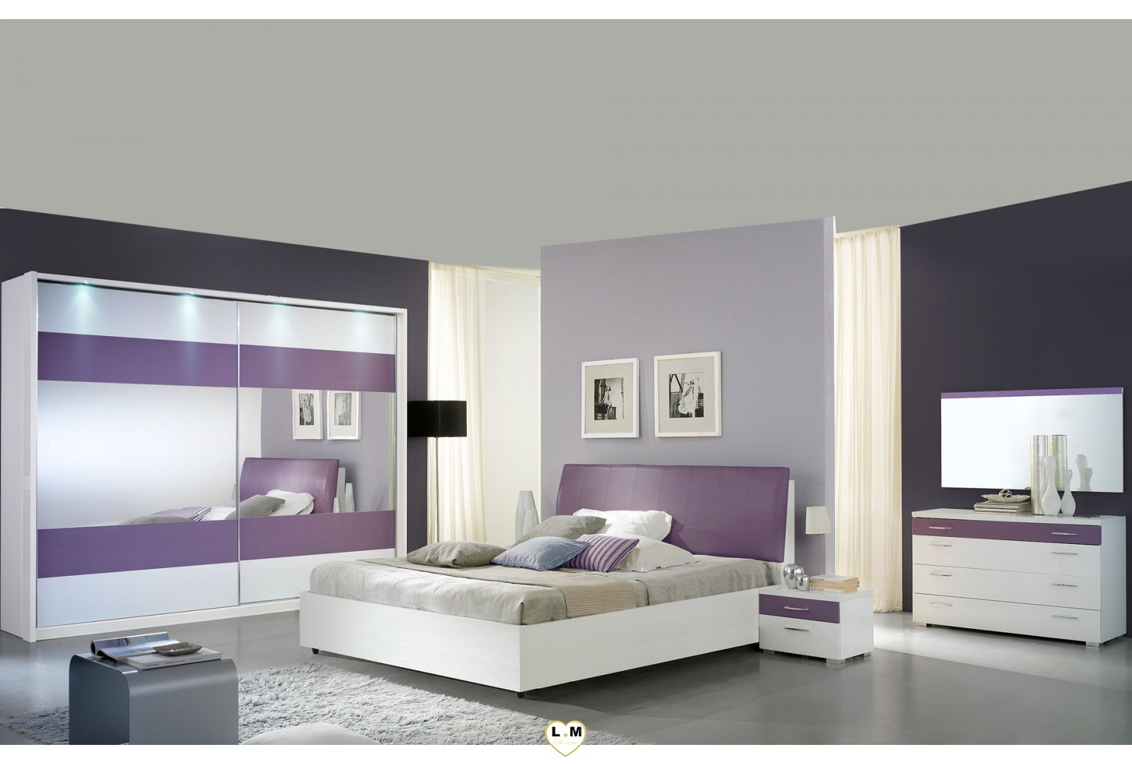 veronica laque violet et blanc ensemble chambre a coucher. Black Bedroom Furniture Sets. Home Design Ideas