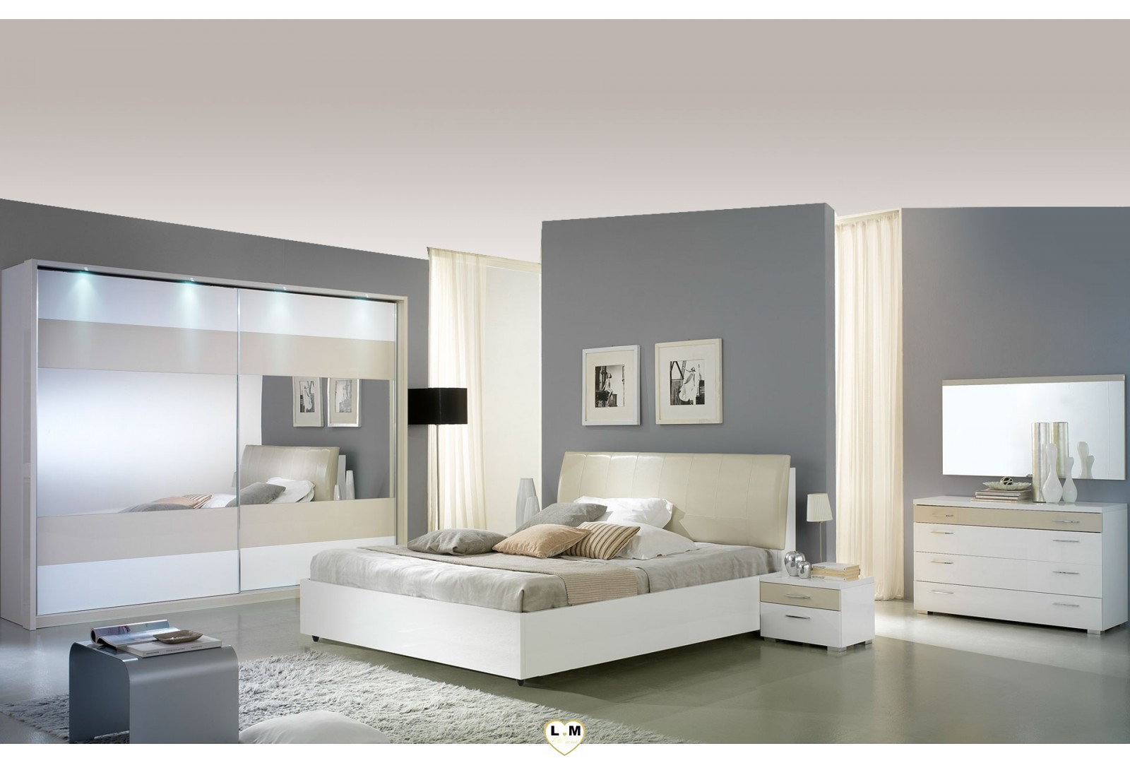veronica laque beige et blanc l 39 ensemble chambre a coucher lignemeuble com. Black Bedroom Furniture Sets. Home Design Ideas