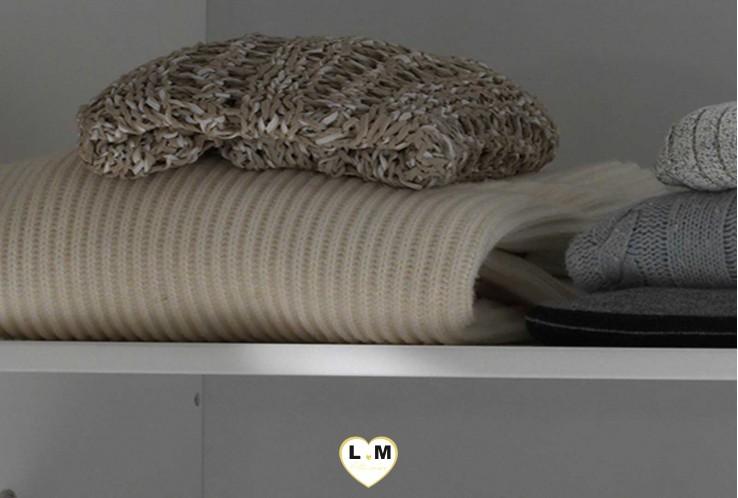 AMOUR LAQUÉ BLANC MAT CHAMBRE ENFANT: L' Option Etagère Supplèmentaire pour Armoire 2 Portes - Longueur: 98 cm - Profondeur: 50 cm - Hauteur: 2 cm.